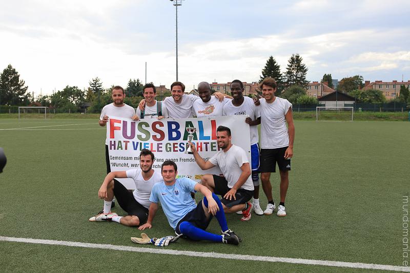 fussball-hat-viel-gesichter-cup2014-3-von-7