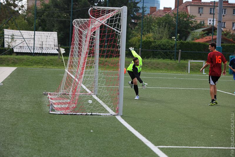 fussball-hat-viel-gesichter-cup2014-promispiel-11-von-55