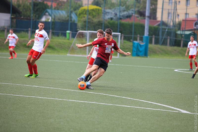 fussball-hat-viel-gesichter-cup2014-promispiel-14-von-55
