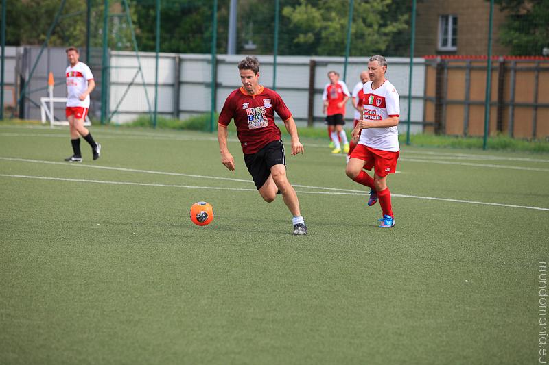 fussball-hat-viel-gesichter-cup2014-promispiel-22-von-55