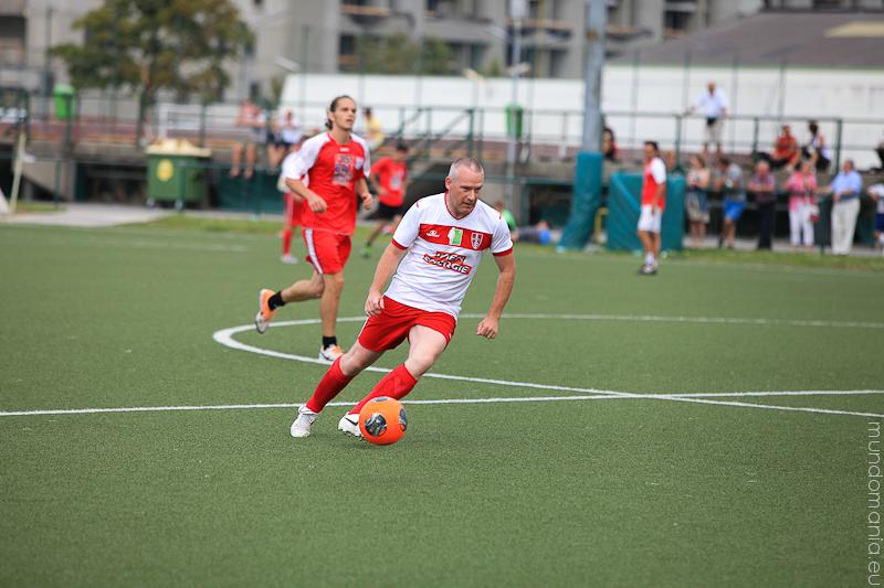fussball-hat-viel-gesichter-cup2014-promispiel-27-von-55