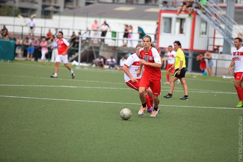 fussball-hat-viel-gesichter-cup2014-promispiel-32-von-55