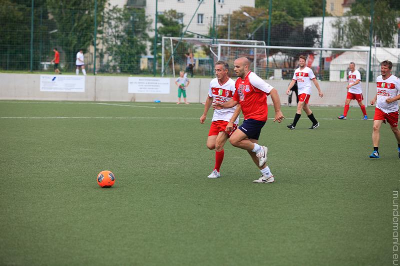 fussball-hat-viel-gesichter-cup2014-promispiel-42-von-55