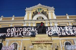 Besetzte Uni in Santiago de Chile